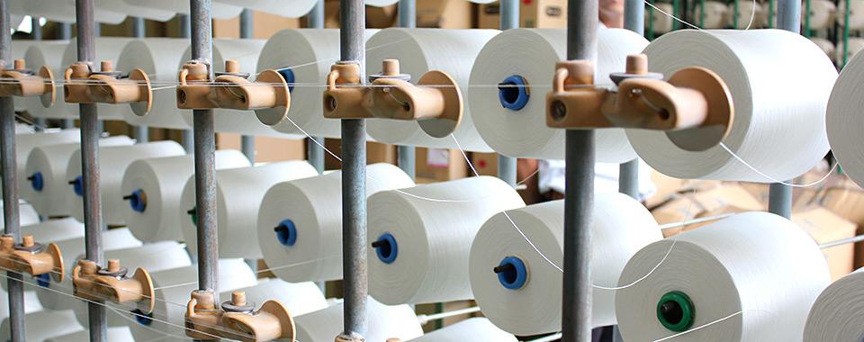 滋賀で織り、大阪・京都で染めるメイド イン ジャパンという品質