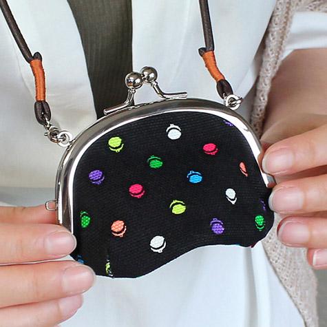 首提げ松型がま口財布